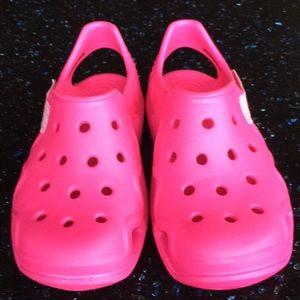 1fd1402c4 CROCS Shoes - Girl s CROCS Bright Pink Sandals - Never Worn